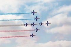 robić samolotów cywilni robi manoeuvres Zdjęcia Royalty Free