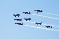 robić samolotów cywilni robi manoeuvres Zdjęcia Stock