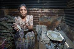 Robić tortillas w Gwatemala Obrazy Stock