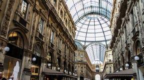 Robić zakupy w Galleria Vittorio Obrazy Stock