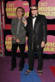 Robin Zander, Rick Nielsen an den 2012 CMT Musik-Preisen, Bridgestone-Arena, Nashville, TN 06-06-12 Lizenzfreie Stockfotos