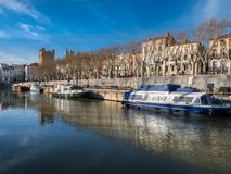 Robine运河在纳莫纳的中心 免版税库存图片