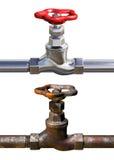 Robinet d'eau rouillé et nouveau Photographie stock libre de droits