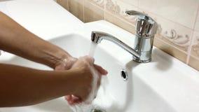Robinet de salle de bains Photos stock