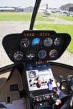 Robinson R44 - Painel de instrumento foto de stock royalty free