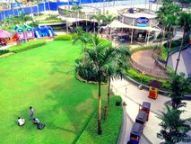 Robinsons Magnolien-Mall-Park in Quezon-Stadt, Manila, Philippinen in Asien stockfotografie