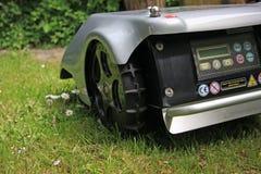 Robomower 免版税图库摄影