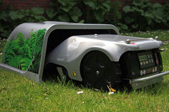 Robomower 免版税库存照片