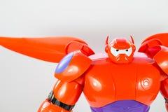 Robot BAYMAX de GRAND film de Disney du HÉROS 6 Images libres de droits
