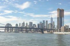 Robot Budowlany Blisko Manhattan mosta Miasto Nowy Jork Zdjęcia Stock