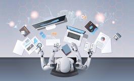 Robot con muchas manos usando los dispositivos digitales en la opinión de ángulo superior de trabajo del proceso de la materia de ilustración del vector