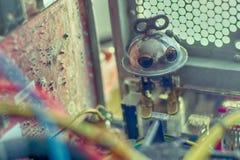 Robot dans l'ordinateur Image stock