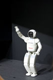 Robot de Ashimo imagenes de archivo