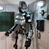 Robot de Battlestar Galactica en Cartoomics 2014 Fotos de archivo