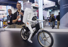 Robot 2014 de CES Imagenes de archivo