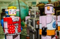 Robot de jouet photographie stock libre de droits