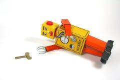 Robot de la conclusión que necesita ayuda Imagen de archivo libre de regalías