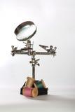 Robot del giocattolo con l'ago fotografia stock libera da diritti