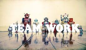 Robot del lavoro di gruppo Immagine Stock Libera da Diritti