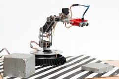 Robot delle mani con il sensore ultrasonico immagini stock libere da diritti