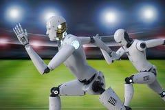 Robot die op renbaan lopen Stock Foto