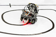Robot fatto da sé dai blocchetti di Lego Fotografia Stock Libera da Diritti