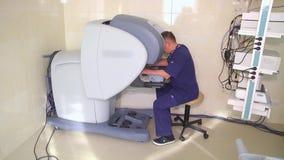 Robot médico da Vinci Cirugía robótica Robot como mínimo invasor almacen de video