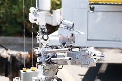 Robot militar para el defusion de la bomba foto de archivo libre de regalías