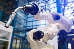 Robot per saldatura automatico immagine stock libera da diritti