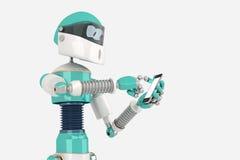 Robot in Pose met Slimme Telefoon Royalty-vrije Stock Fotografie