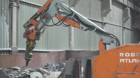 Robot pracy w fabryce zbiory wideo