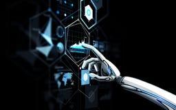 Robot ręka dotyka wirtualnego ekran nad czernią Obraz Stock