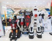 Robot x en la alameda de compras de Hyundai IPark, Seul Imagen de archivo