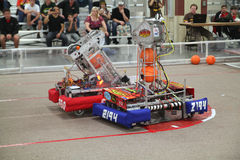 Robotar i handling Arkivbilder