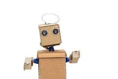 Roboter mit den Händen auf einem weißen Hintergrund Lizenzfreie Stockfotografie