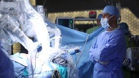 Robotergestützte Chirurgie Medizinischer Roboter Medizinische Operation, die Roboter mit einbezieht Stockfotos