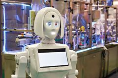 Robotmeisje voor tentoonstellingen en presentaties op technoindustria stock foto's