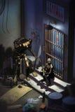 Robots attendant dans une rangée Photos libres de droits