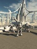 Robotvaktposter som bevakar bron Royaltyfria Foton