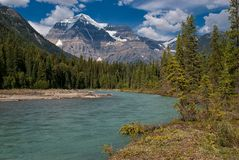 Robson River & Mount Robson Royalty Free Stock Images