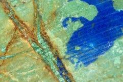 Roca azul, verde, y anaranjada Fotos de archivo libres de regalías