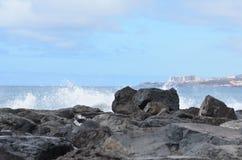 Roca, cielo, nubes, montañas Fotos de archivo libres de regalías