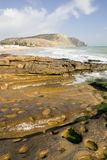 Roca con una visión - vertical del océano Fotografía de archivo libre de regalías