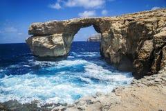 Roca de GOZO - ventana azul Fotos de archivo libres de regalías