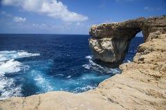 Roca de GOZO - ventana azul Fotos de archivo