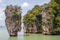 Roca de Khao Tapu en la isla de James Bond, mar de Andaman, Tailandia Fotografía de archivo