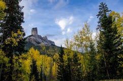 Roca de la chimenea del paso 1 de la cala del buho Imagen de archivo libre de regalías