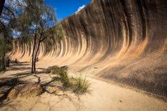 Roca de la onda - Hyden, Australia occidental imagen de archivo libre de regalías