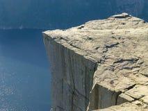 Roca de Preikestolen - de Pulplit Foto de archivo libre de regalías