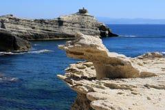 Roca de Wheatered cerca de Bonifacio fotografía de archivo libre de regalías